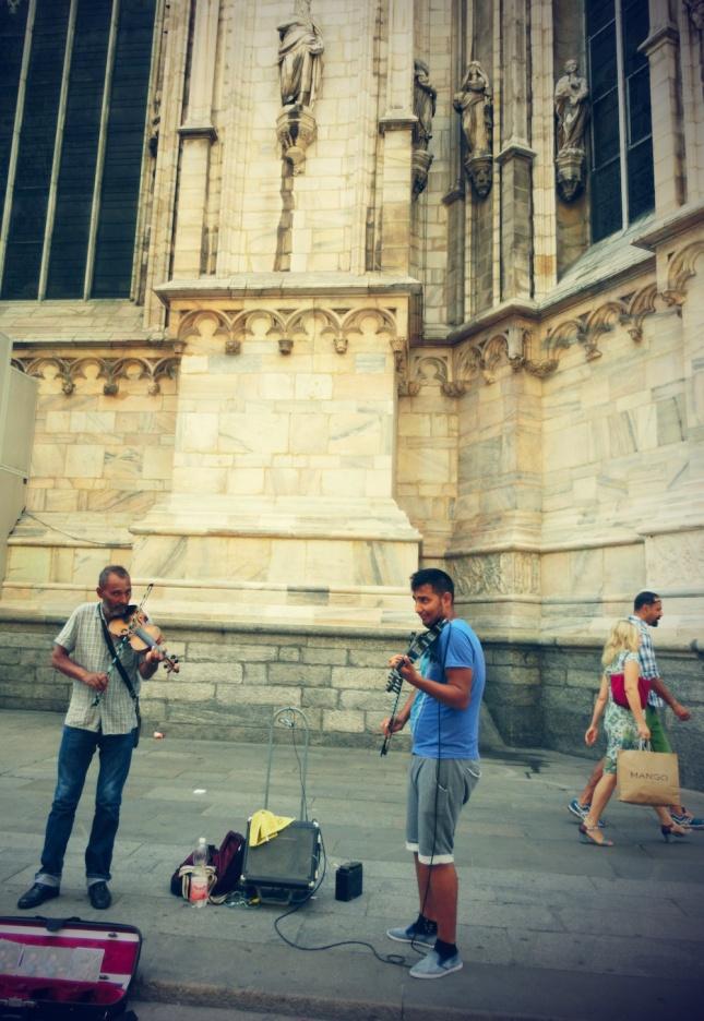 milan duomo fiddlers